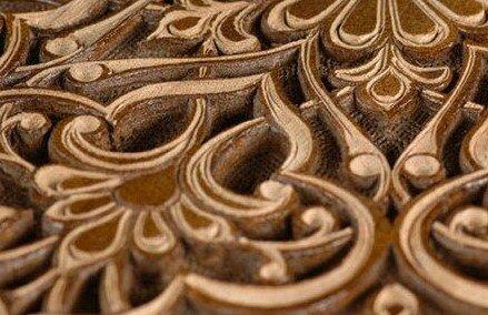 Декоративный резной декор из дерева